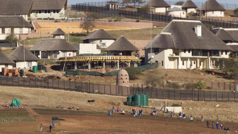 Afrique du Sud: la piscine du président Zuma fait des vagues