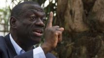 Le leader de l'opposition ougandaise Kizza Besigye a été interpellé le jeudi 9 juillet 2015. AFP PHOTO / ISAAC KASAMANI