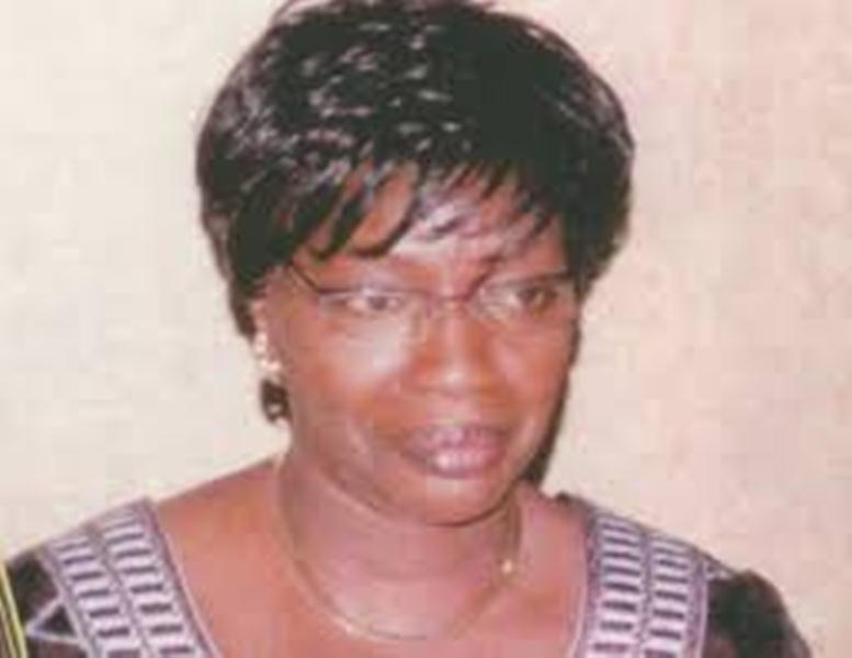 Le magistrat Seynabou Ndiaye Diakhaté et six de ses collègues renvoyés par Yayi Boni
