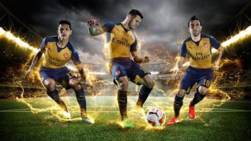 """Arsenal : Découvrez le nouveau maillot """"extérieur"""" des Gunners"""