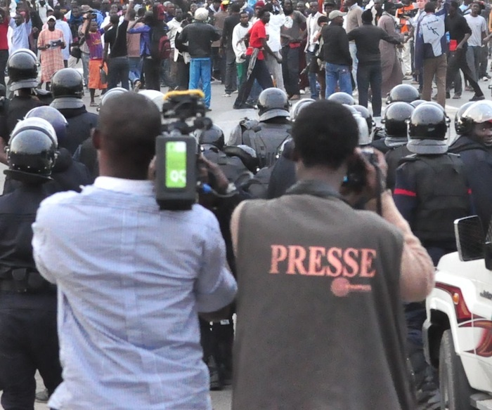 Arrestations de journalistes: le SYNPICS s'indigne et menace