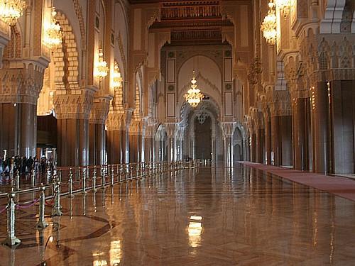 Insolite - Maroc : Une souris provoque une bousculade dans la mosquée Hassan II de Casablanca, 81 blessés