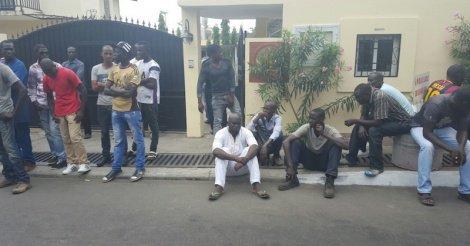Détention arbitraire de migrants au Gabon : HSF met l'Etat devant ses responsabilités