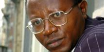 Floribert Chebeya, défenseur des droits de l'homme et président de l'ONG congolaise La Voix des sans voix, le 7 avril 2005 à Bruxelles. © Etienne Ansotte/AFP