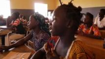 Des élèves dans une école primaire de Dougouba au Mali (Capture d'écran). Unicef
