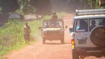 Une patrouille française dans les rues de Bambari, le 15 mai 2015. AFP PHOTO/PACOME PABANDJI