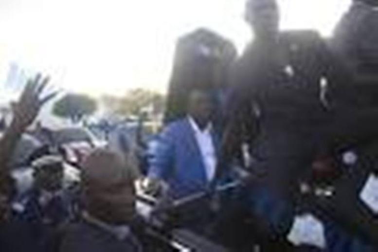 L'étau se desserre autour des «jeteurs de pierres»: liberté provisoire accordée aux 6 étudiants