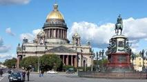 Russie : une statue démoniaque détruite