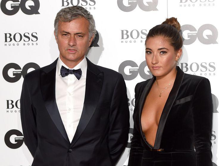 Topless sous sa veste, la fille de José Mourinho lui vole la vedette aux GQ Awards