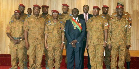 Coups d'Etat, transitions apaisées : comment les dirigeants africains sont-ils arrivés au pouvoir ?