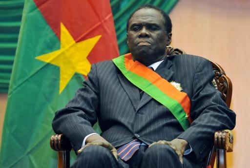 Burkina: le président de la transition reprend les rênes du pouvoir