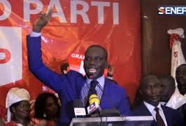 Lancement de la vente des cartes du Grand parti, Malick Gakou attaque le PSE du président Sall
