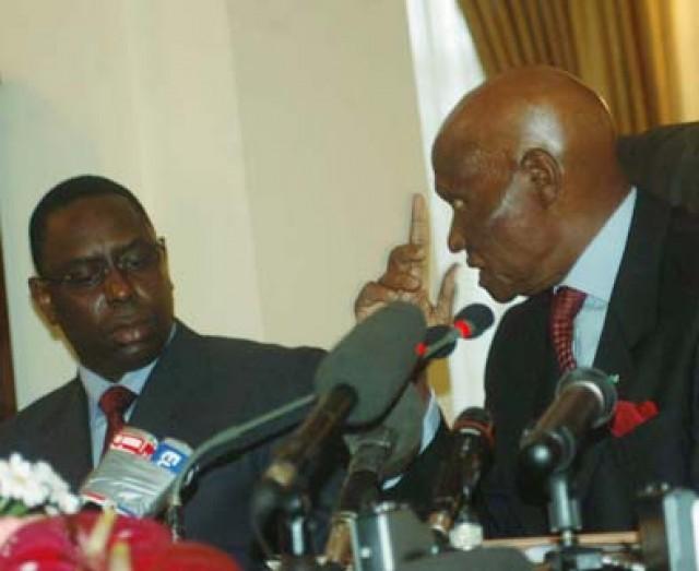 """Macky Sall """"Wade est une figure charismatique qui a marqué l'histoire politique du Sénégal"""""""