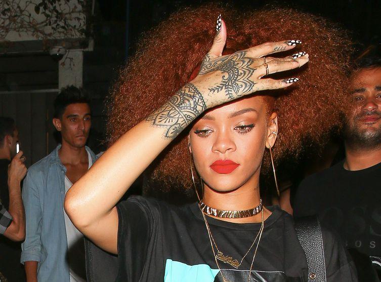 Rihanna : trahie par son attaché de presse, elle obtient des excuses publiques