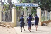 50 élèves recalées au concours d'entrée à Mariama Ba : les parents dénoncent des magouilles