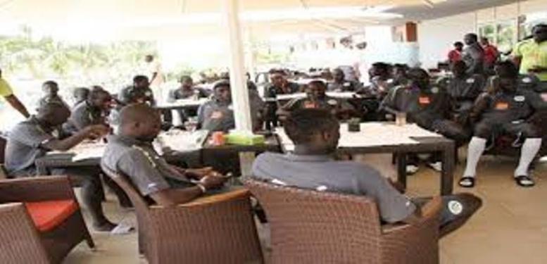"""Arrivés ce matin à Dakar, les """"Lions"""" en regroupement pour le match retour face à Madagascar"""