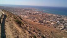 Les combats se déroulent à quelques kilomètres du port de Derna, dans l'est de la Libye. Wikimedia