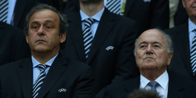 La Commission d'Éthique de la FIFA requiert des sanctions contre Michel Platini et Sepp Blatter