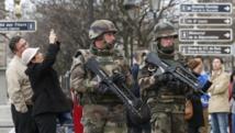 Attentats de Paris: l'interdiction de manifester fait débat