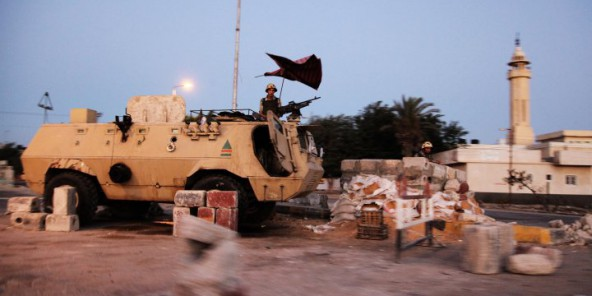 Égypte : quatre morts dont deux policiers et un juge dans un attentat-suicide dans le Sinaï