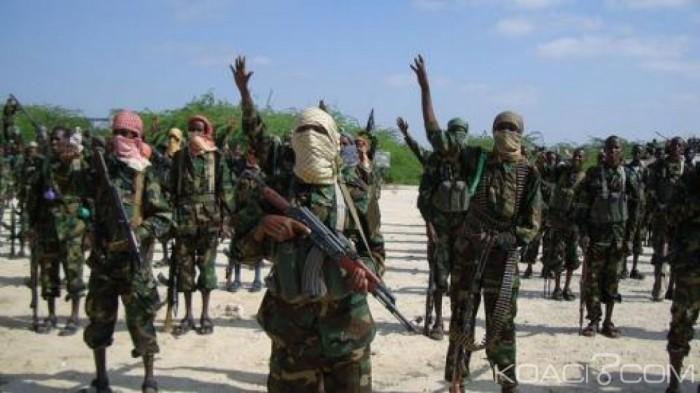 Somalie: Un haut responsable shebab menace d' égorger des militants tentés de rejoindre Daesh