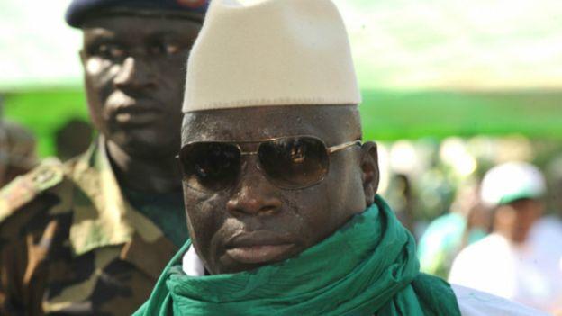 Gambie: Yaya Jammeh interdit l'excision