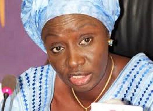 """Aminta Touré à Idy: """"Des idées, Monsieur le Premier ministre, des idées à la place d'invectives"""""""