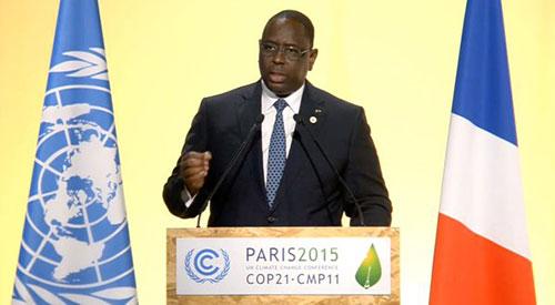 """Le président Macky Sall à la COP 21: """"Le pollueur doit payer"""""""