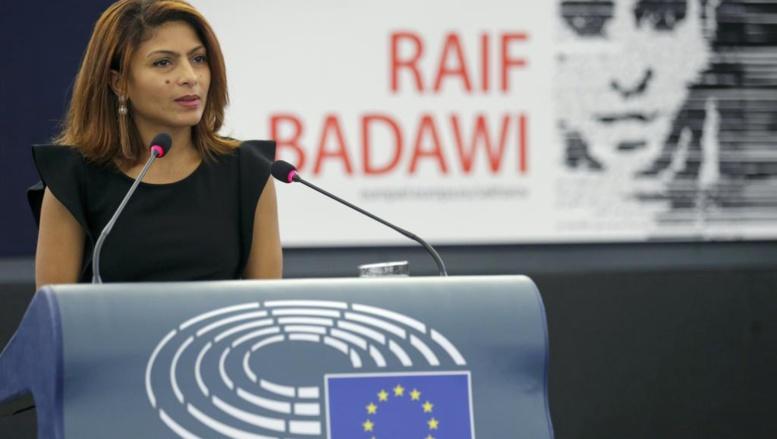 Prix Sakharov: l'épouse de Raif Badawi est venue chercher le prix