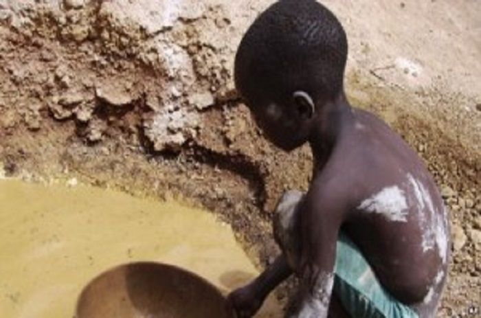 Au moins 12 orpailleurs tués dans un éboulement en Guinée