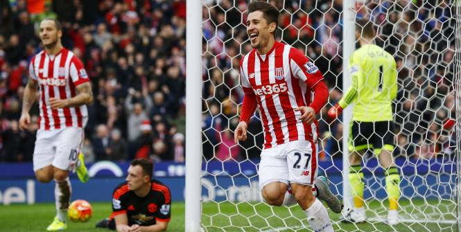 Football-Manchester United se noie à Stoke City