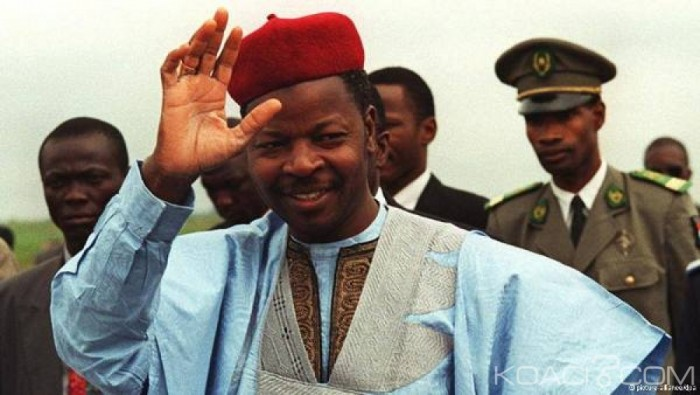 Niger : l'ancien président Mahamane Ousmane investi par un jeune parti politique