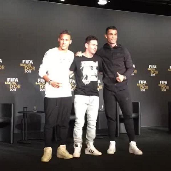 DIRECT Messi, Ronaldo et Neymar: Qui va remporter le ballon d'or 2015 ?