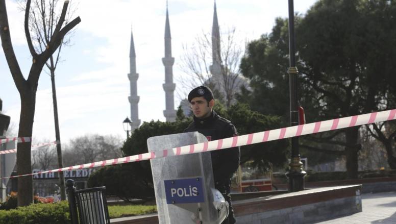 URGENT Turquie : puissante explosion d'origine inconnue dans le quartier touristique de Sultanahmet, dans le centre d'Istanbul