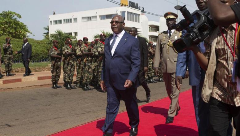Mali: deux poids lourds du gouvernement limogés