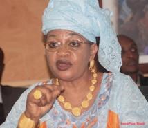 Détournement d'argent prélevé du salaire des députés du PDS: Aida Mbodji accuse Fada
