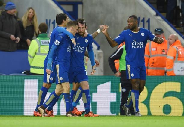 Premier League: Manchester United perd encore, Leicester reprend la tête