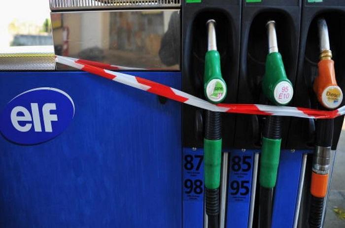 Guinée: la population réclame la baisse du prix de l'essence