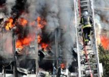 7 morts dans l'incendie au Port : Le film de l'évènement.