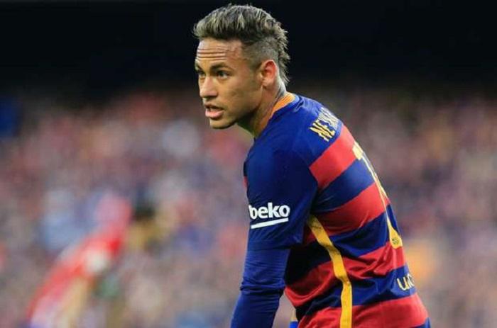 Neymar veut CR7 au Barça