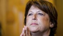 Tribune d'Aubry: Matignon tempère, Hollande reste muet