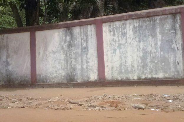 Guinée : le business des creuseurs de tombes