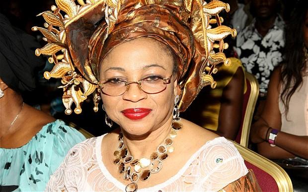 Folorunsho Alakija ou la nigériane qui a détronné Oprah Winfrey: Portrait !