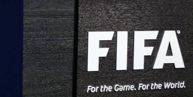 Trois Sud-Africains suspendus par la FIFA