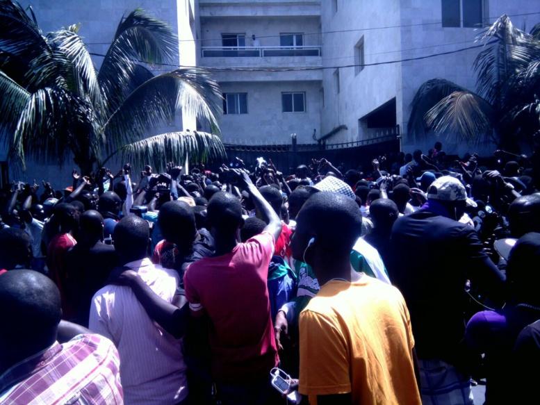 Tentative de fermeture de Walfadjri : Article 19 parle de grave violation de  la  liberté d'expression