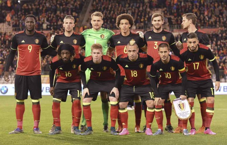 Attentats de Bruxelles: Le football belge annule son programme