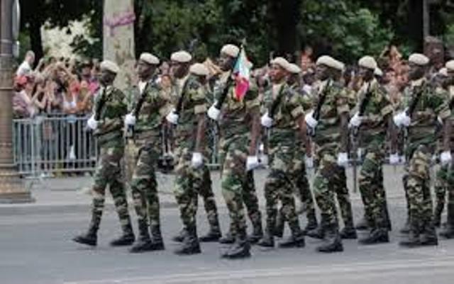 Renforcement des moyens de l'armée : «l'Etat va poursuivre la mise en œuvre du «projet armées Horizon 2025», Macky Sall