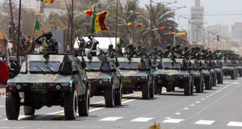 Nouvel arsenal militaire: des citoyens rassurés mais...