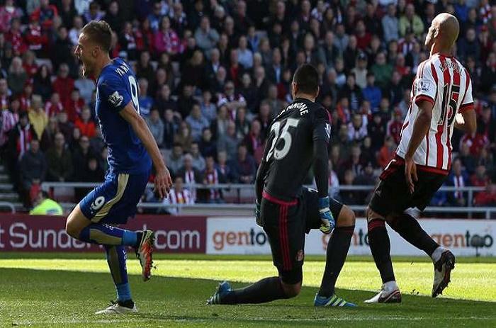 Premier League: Leicester s'impose dans la douleur et accroît son avance !