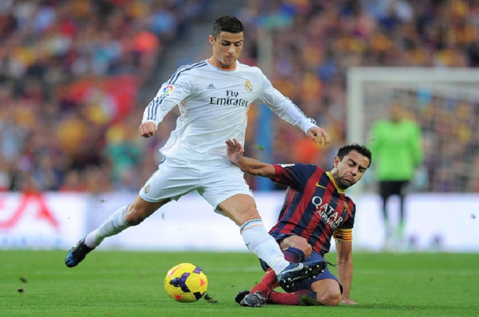 Real - Xavi revient sur ses propos envers Ronaldo: «Je n'ai jamais dit qu'il n'était pas intelligent»